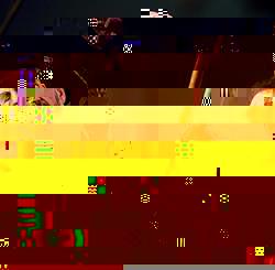 72歳でもパワフルなステージは健在のリンゴ・スター(右)。左はスティーヴ・ルカサー=東京・青海(撮影・山田俊介)